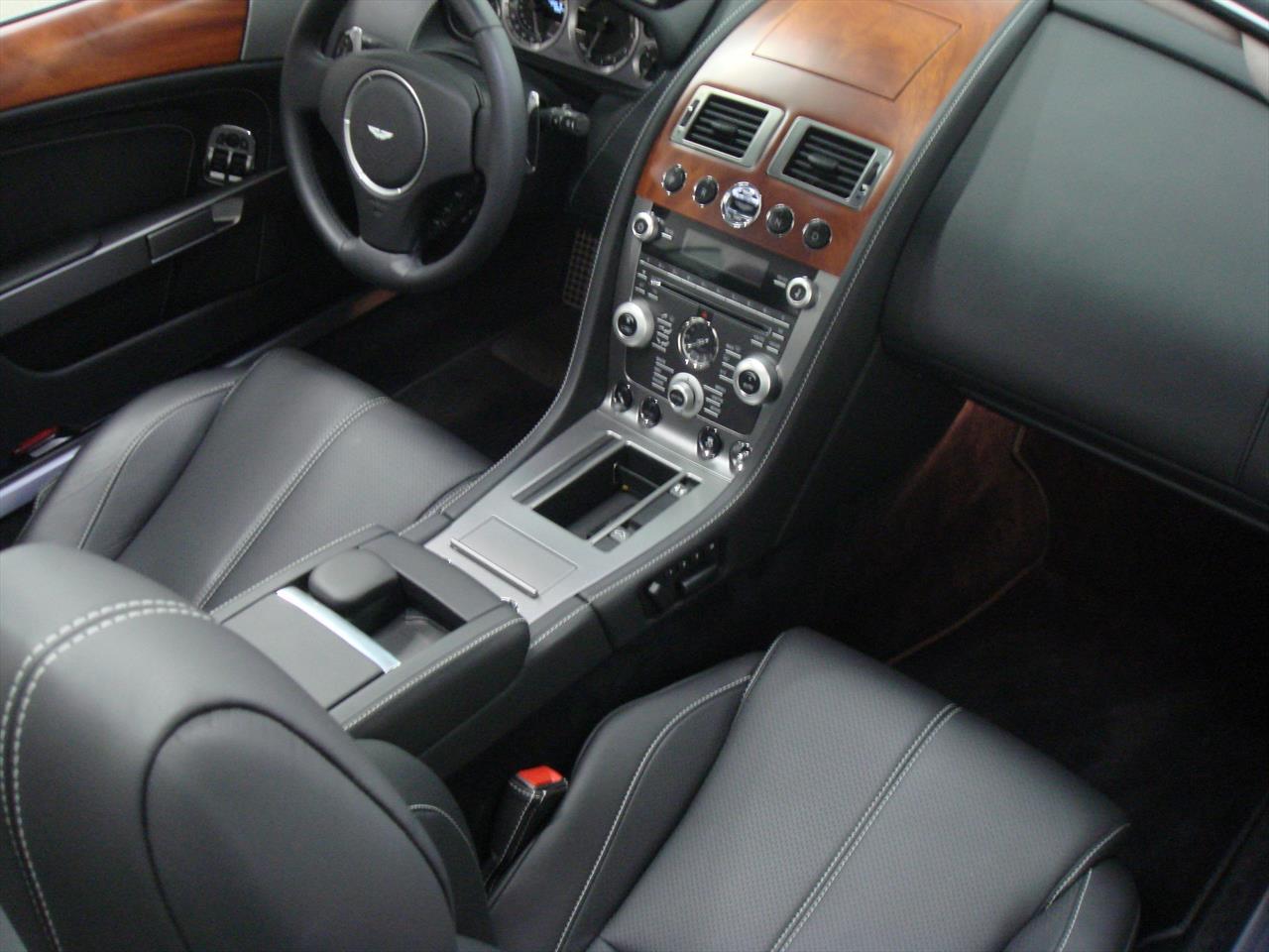 2011 Aston Martin Db9 Volante