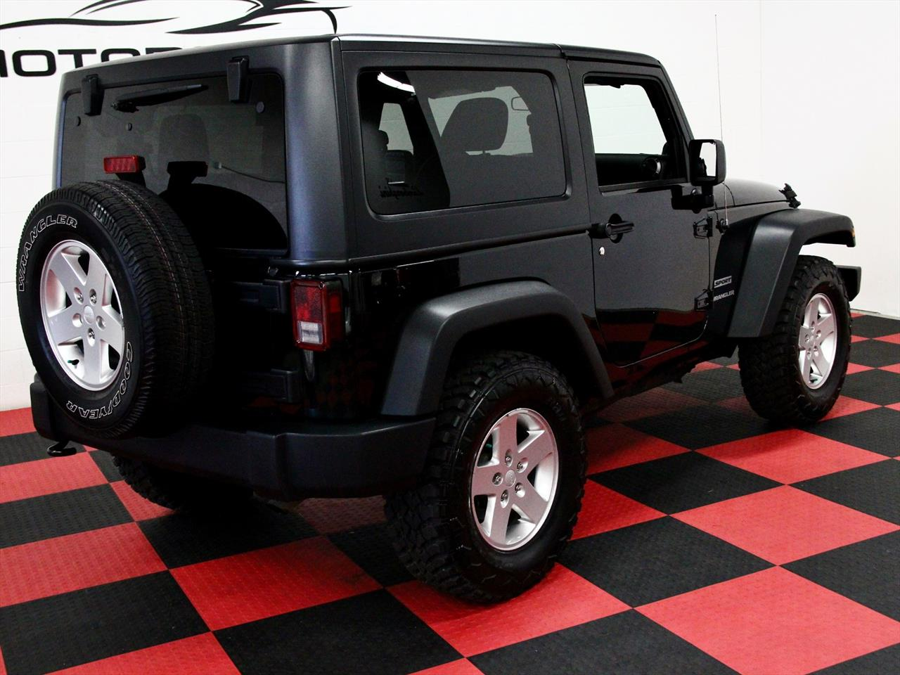 2012 jeep wrangler sport 4x4. Black Bedroom Furniture Sets. Home Design Ideas