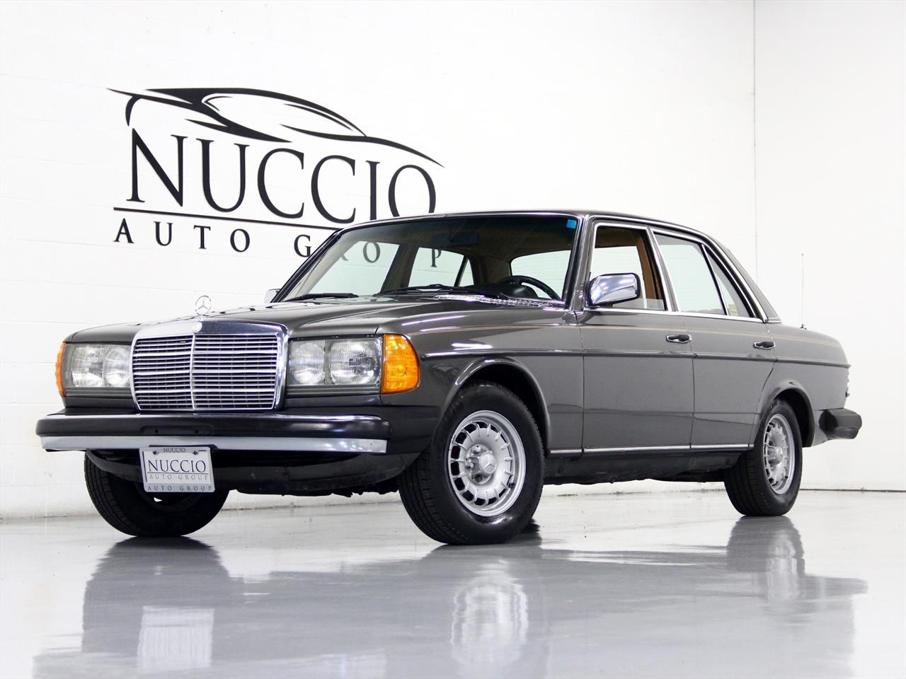 1980 Mercedes Benz 300D