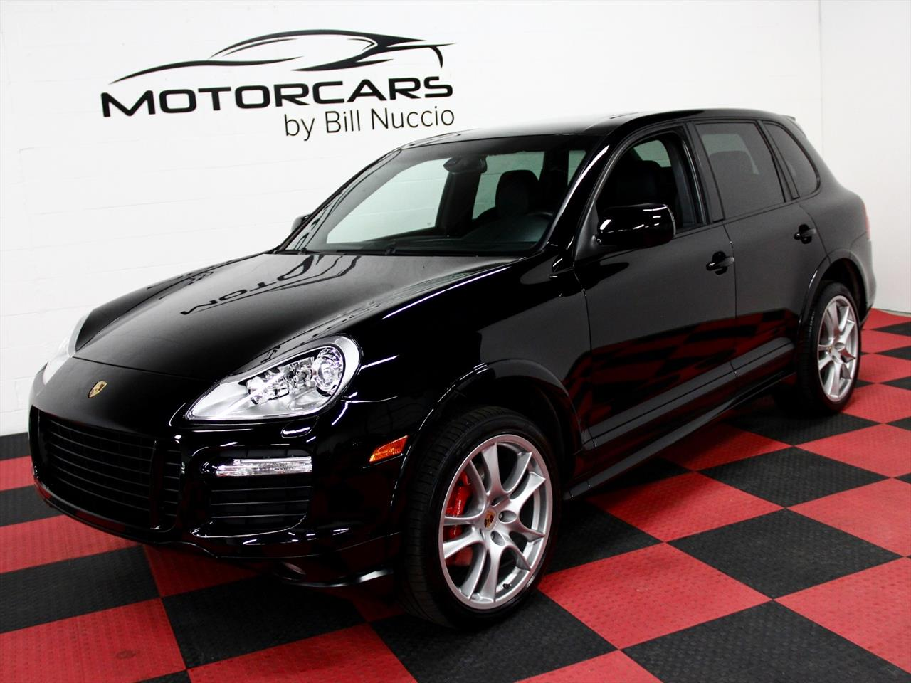 2010 porsche cayenne gts. Black Bedroom Furniture Sets. Home Design Ideas