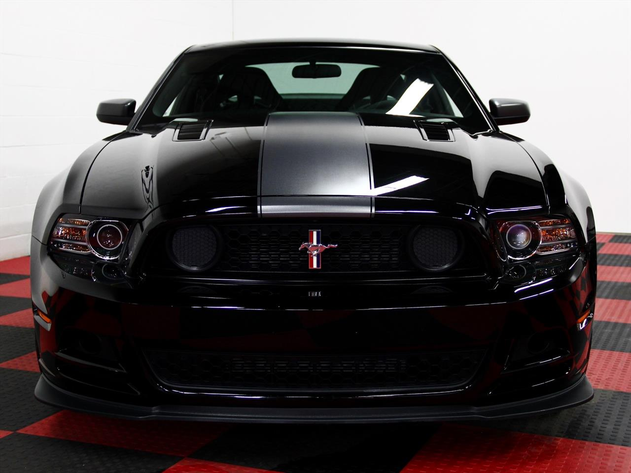 2013 ford mustang boss 302 laguna seca. Black Bedroom Furniture Sets. Home Design Ideas