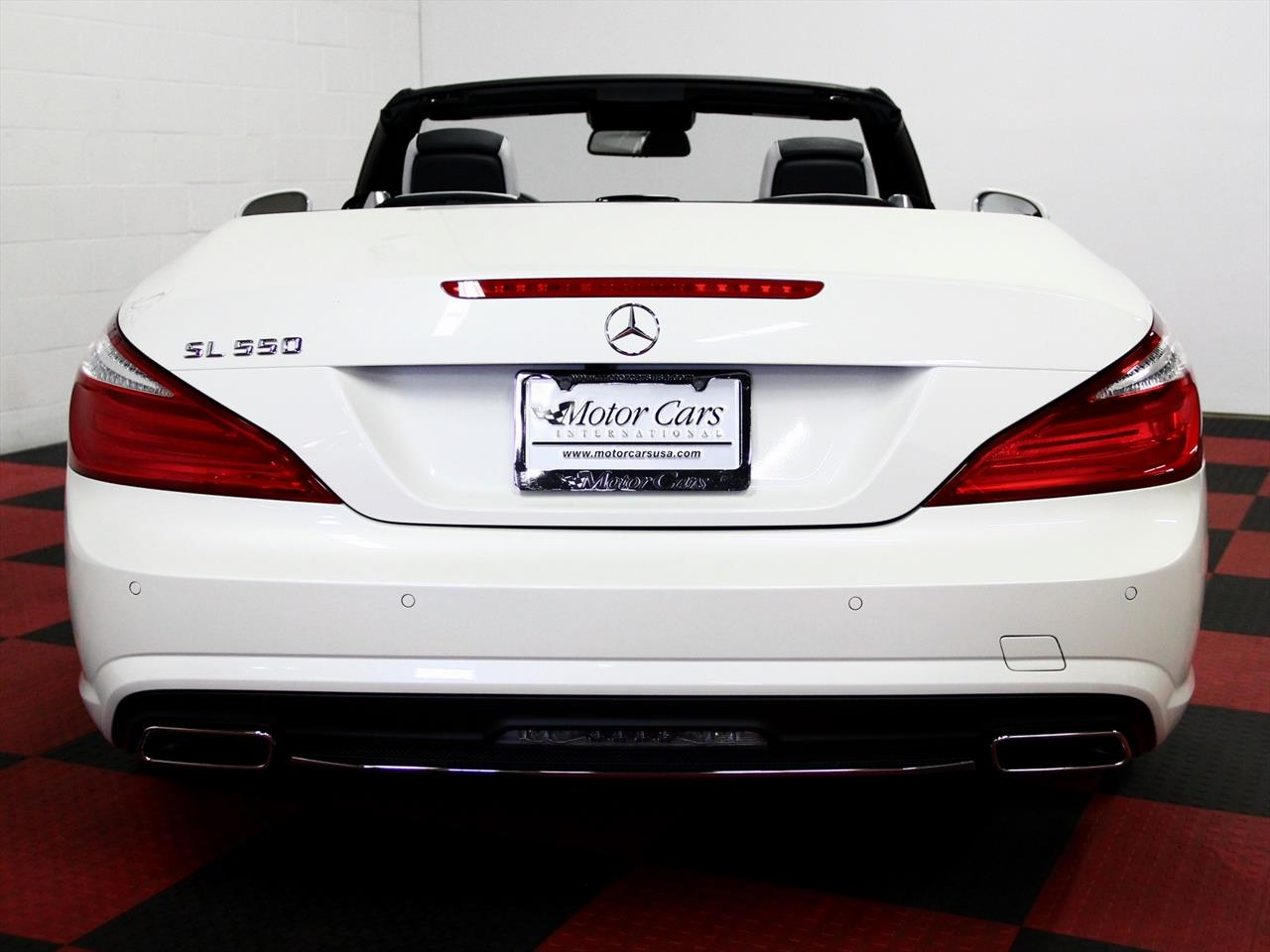 2015 Mercedes Benz SL 550 White Arrow Edition