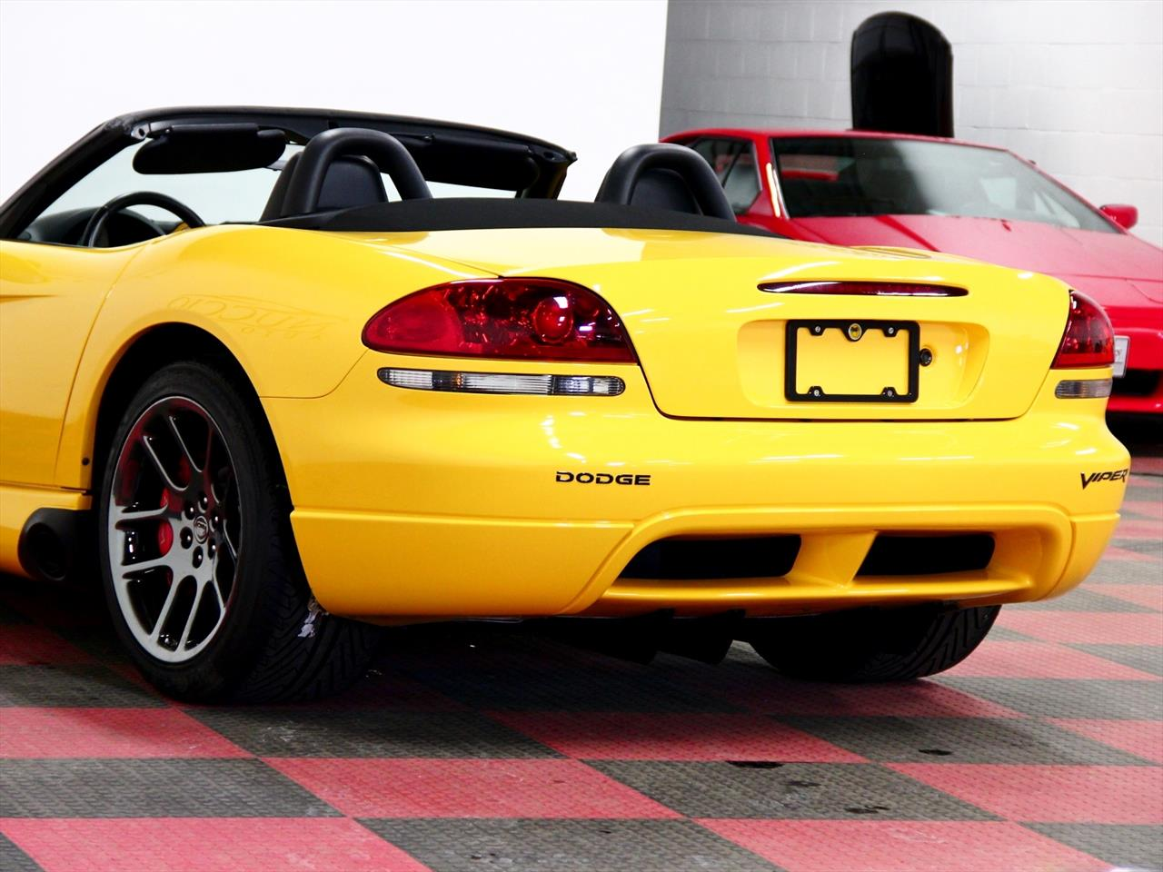 2005 dodge viper srt 10 viper club of america special edition. Black Bedroom Furniture Sets. Home Design Ideas