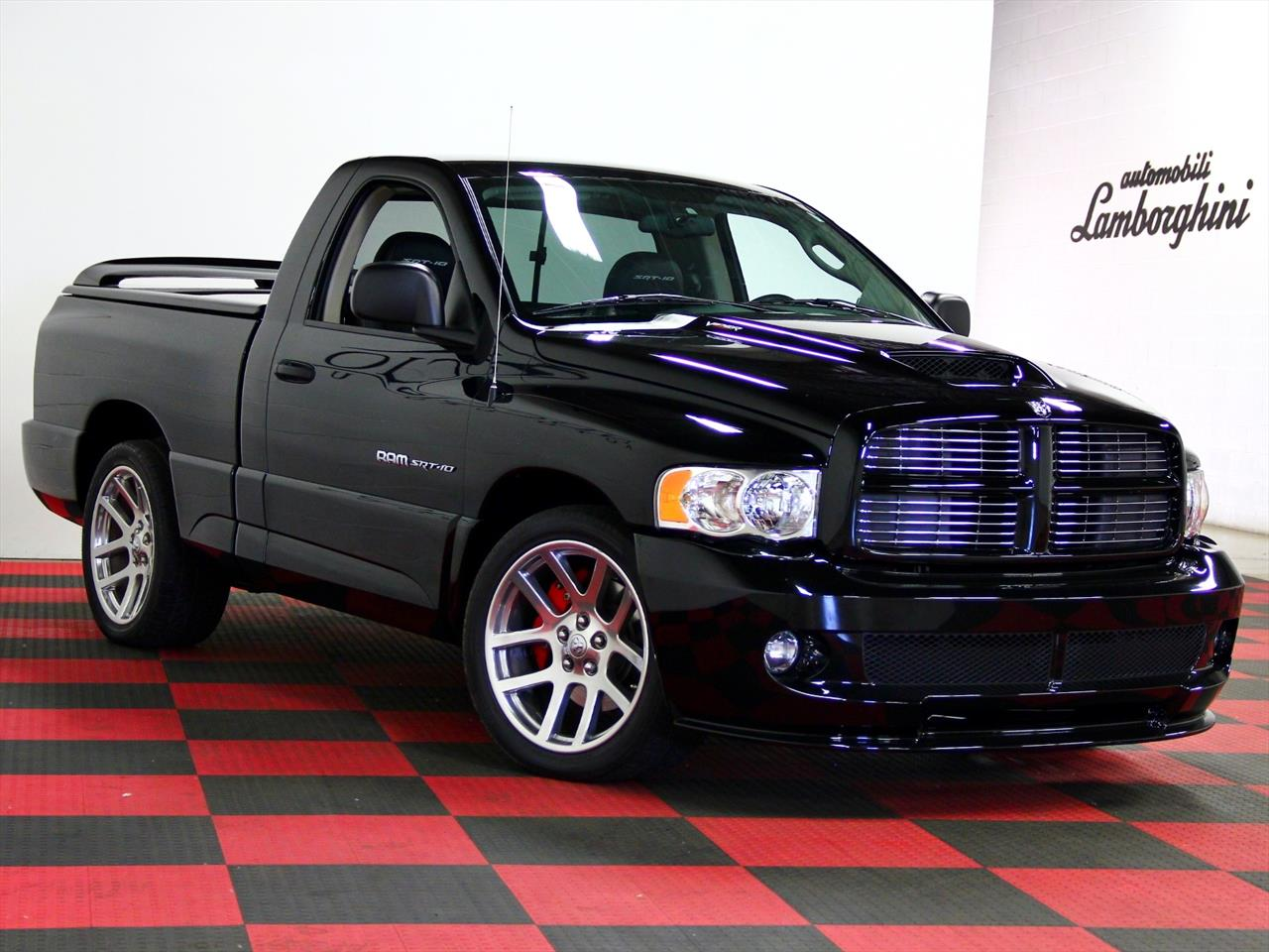 2005 dodge ram srt 10. Black Bedroom Furniture Sets. Home Design Ideas