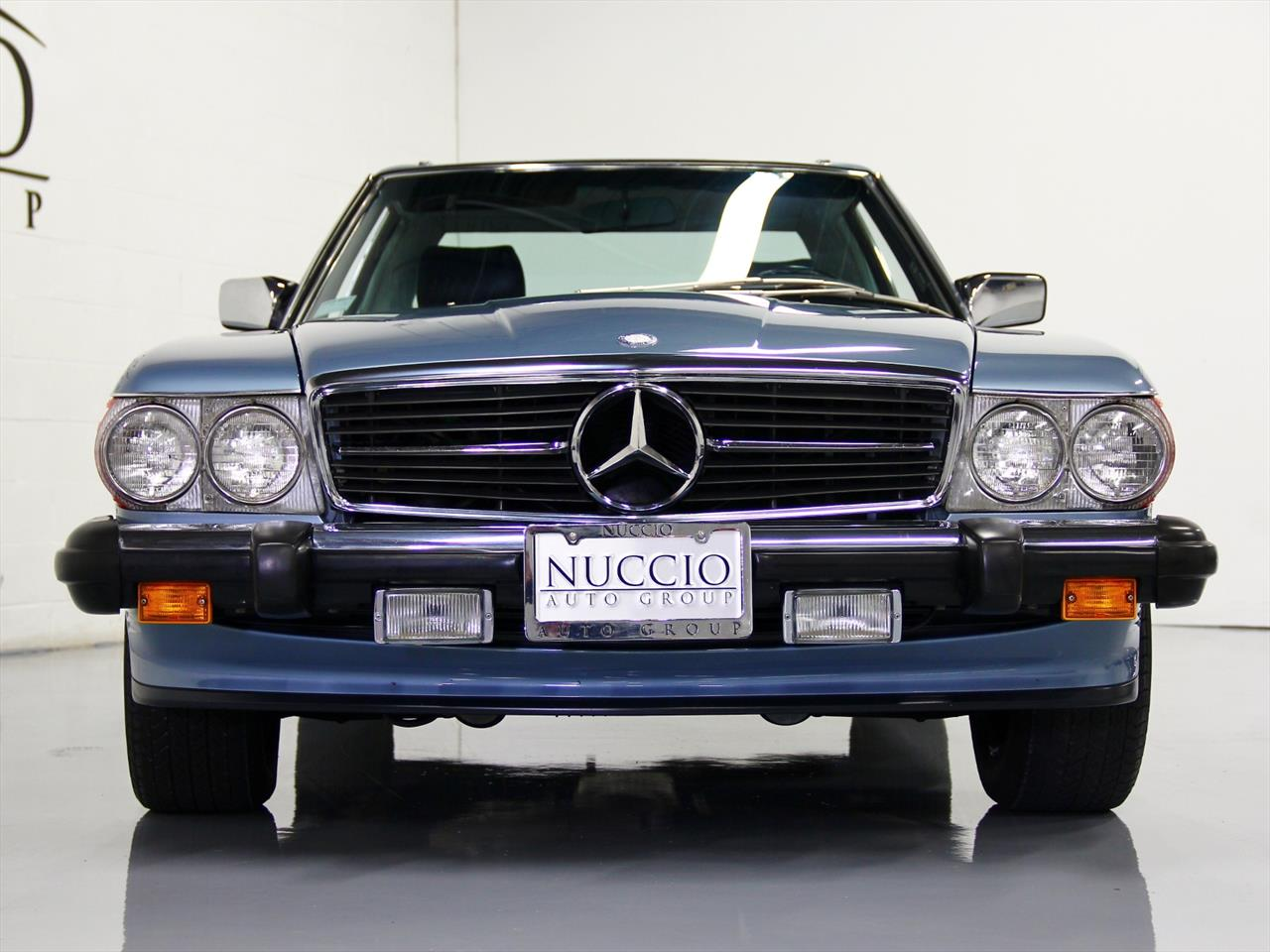 1988 mercedes benz 560 sl. Black Bedroom Furniture Sets. Home Design Ideas