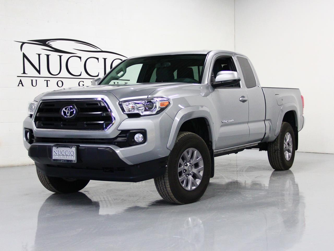 2016 toyota tacoma sr5. Black Bedroom Furniture Sets. Home Design Ideas