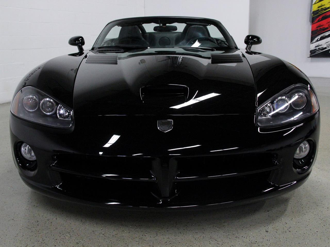 find used 2003 dodge viper srt 10 conv black black only 12k miles 500 hp very clean in. Black Bedroom Furniture Sets. Home Design Ideas